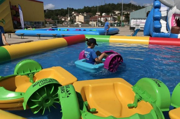Vente etlocation de bassin et pédalos pour enfant à Oyonnax.