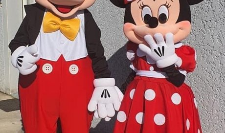 ML 39 & Mousse Loisirs - vente et location de costumes de mascottes Couple Minnie & Mickey à Oyonnax